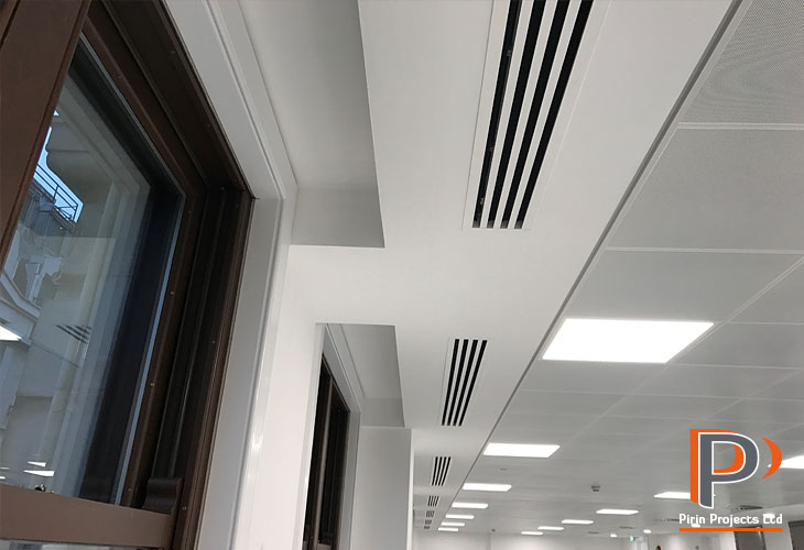 Plasterboard margins in ceiling installation