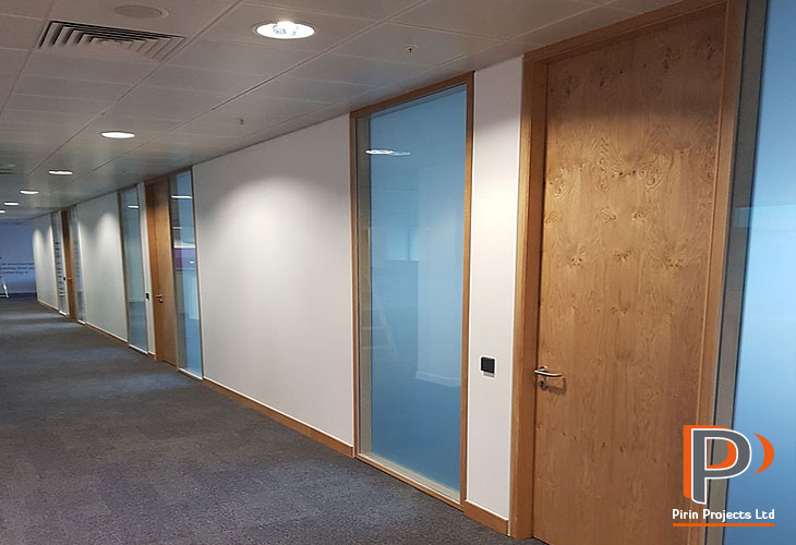 Acoustic partition walls installation in London