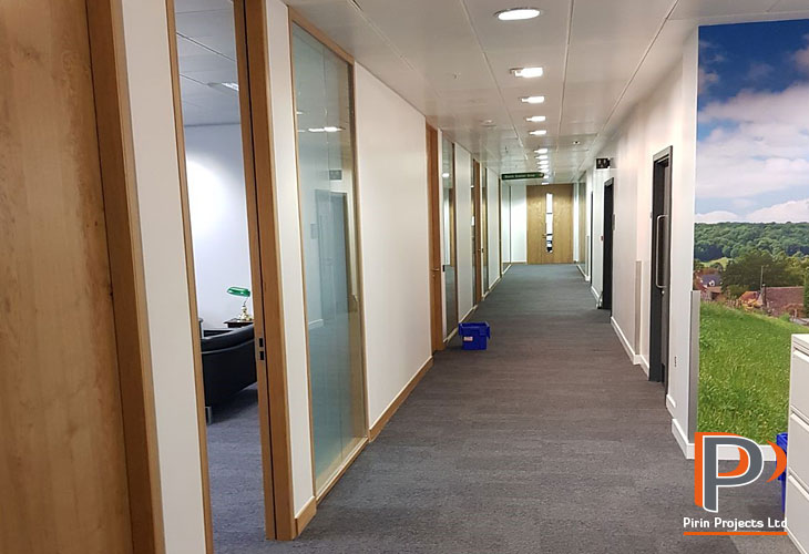 Glazed partitions installations in Central London